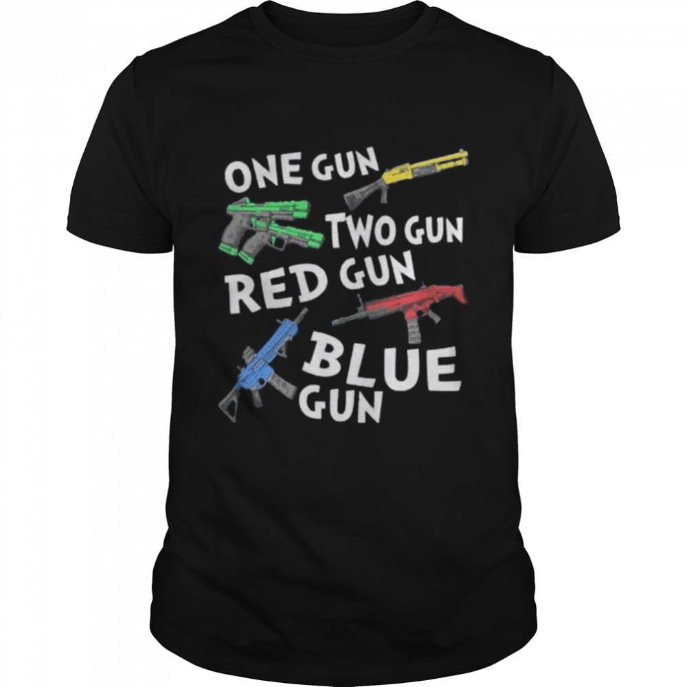 One gun two gun red gun blue gun shirt Classic Men's T-shirt