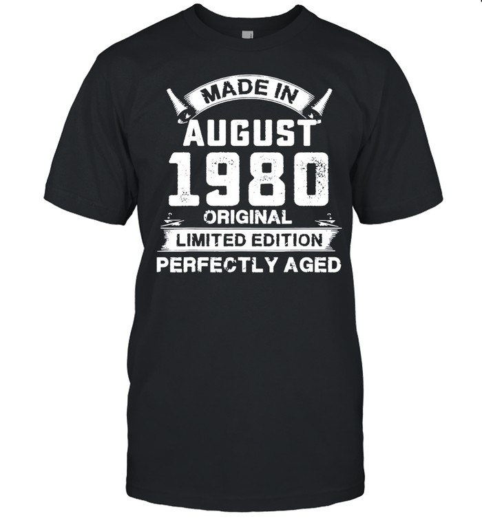 Made in august 1980 41th birthday 41 years old us 2021 shirt Classic Men's T-shirt