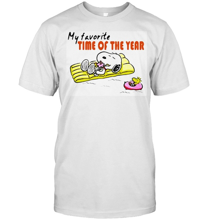 My favorite time of the year beach summer hot snoopy shirt Classic Men's T-shirt