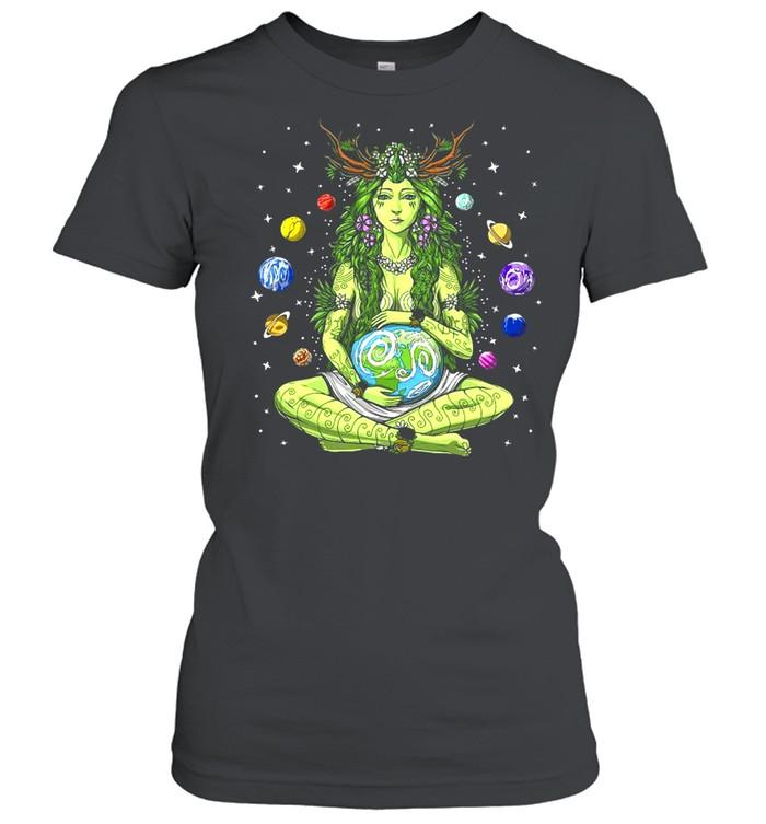 Gaia Greek Goddess Pagan Mother Earth Hippie Nature Witchy T-shirt Classic Women's T-shirt