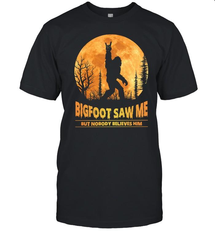Bigfoot Rock And Roll Saw Me But Nobody Believes Him Moon shirt Classic Men's T-shirt